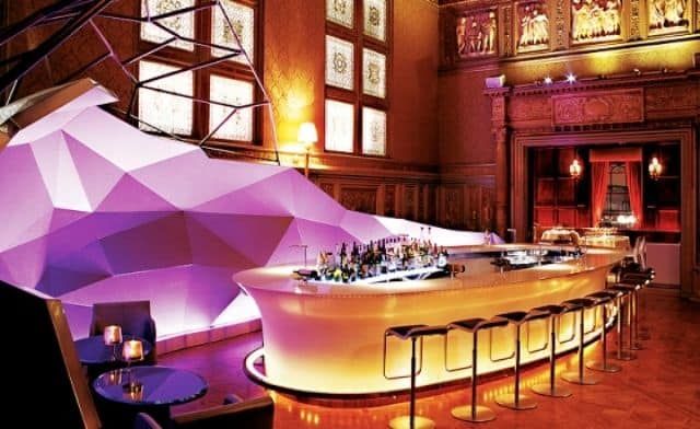 the bar in lights decorate restaurant interior design - Restaurant Interior Design Ideas