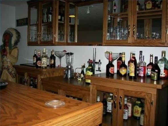 basic home bar