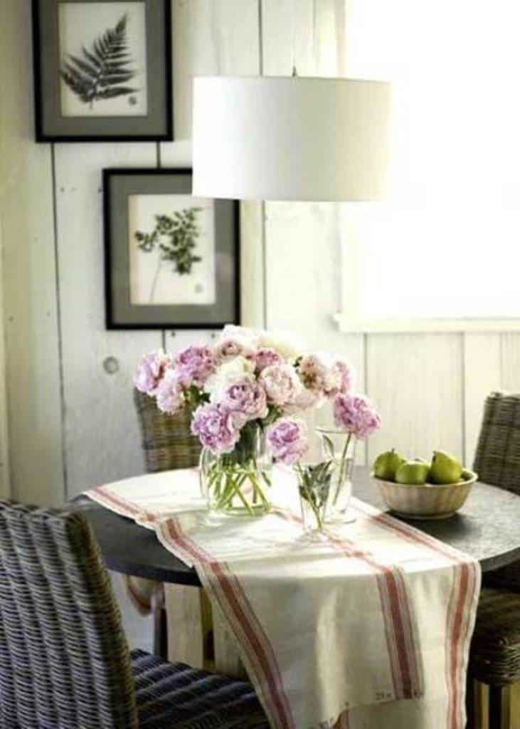 Comfortable dining room chairs