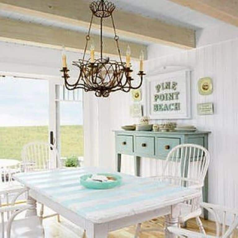 White cottage style dining room with antique lamp for Vintage style dining room ideas