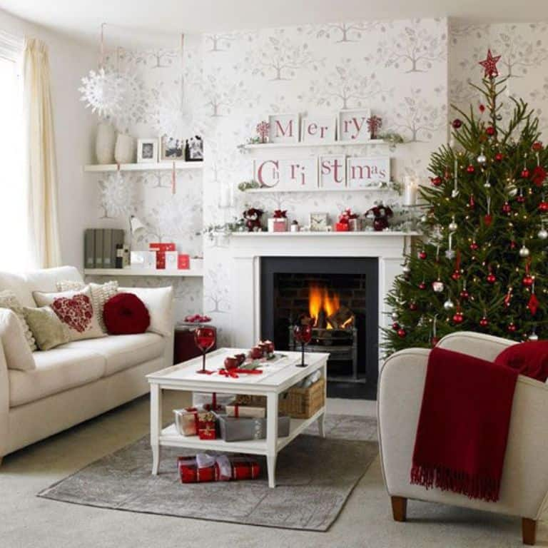 Decorating Living Room with Green Christmas Theme