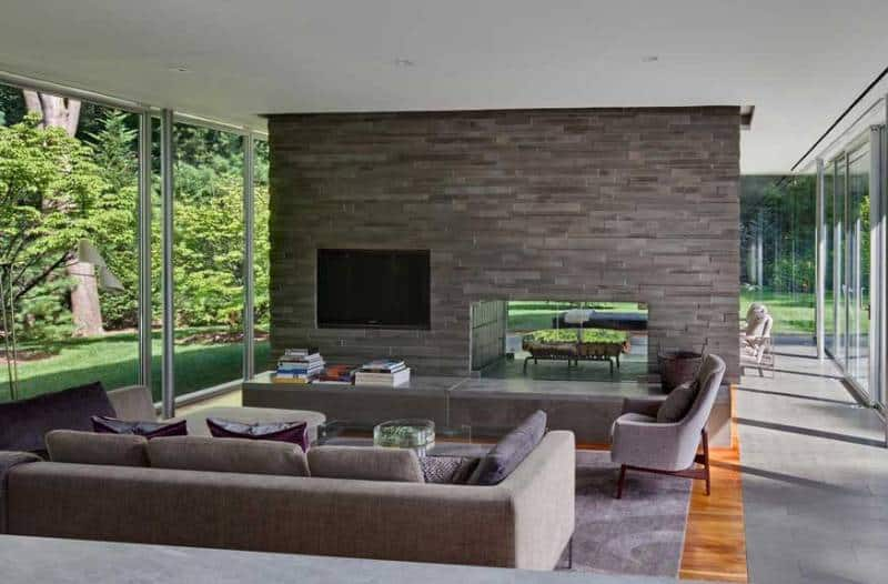 Rectangular Glass House Interior Design Inspiration By