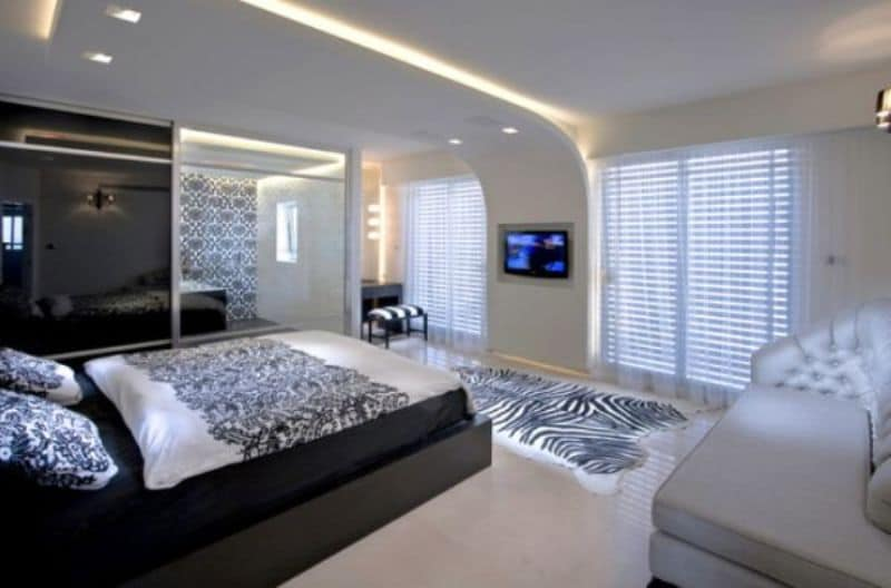 Restaurant bar design ideas best home design and decorating ideas - Segev Contemporary Bathroom In Bedroom Architecture