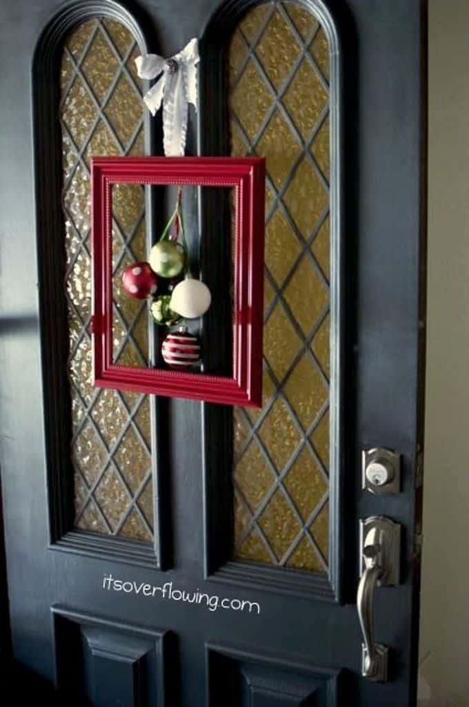 Wreath Door Deco - Front Door Arear